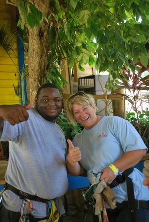 Roatan Canopy Tour : Our giuide Jeffrey