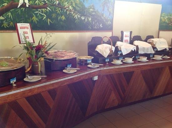 Berjaya Praslin Resort - Seychelles : buffet PDJ