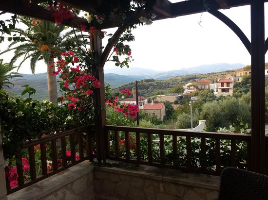 Spilia Village Hotel : View from the main bedroom