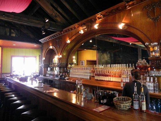 Montanya Distillers : Bar