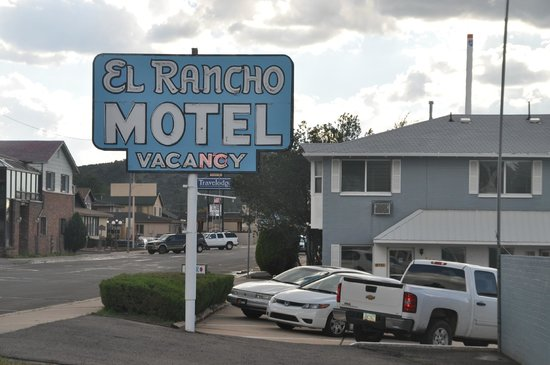El Rancho Motel: Cartel Motel
