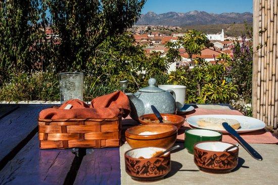 La Selenita: Desayuno en la terraza