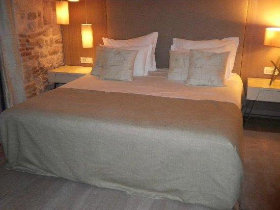 Art Hotel Kalelarga: ベッド