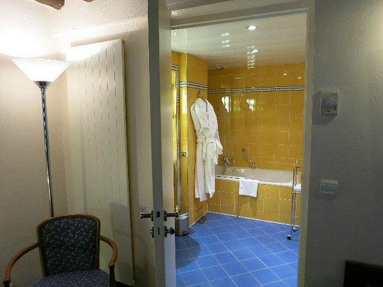 Hotel Opera Richepanse: 浴室