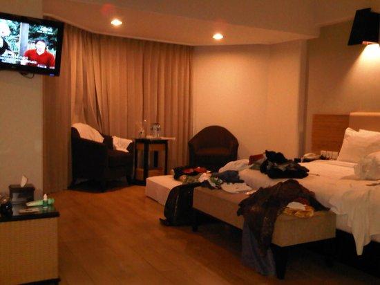 Hotel Santika Premiere Jogja: my super messy premiere room