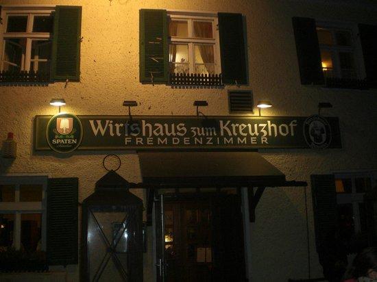 Wirtshaus zum Kreuzhof: vista esterna