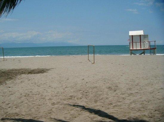 Villa Varadero Hotel & Suites: La playa muy limpia y agradable