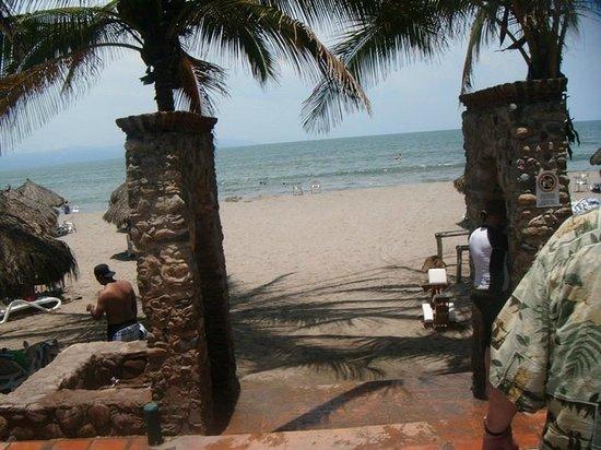 Hotel Villa Varadero: Entrada a la playa