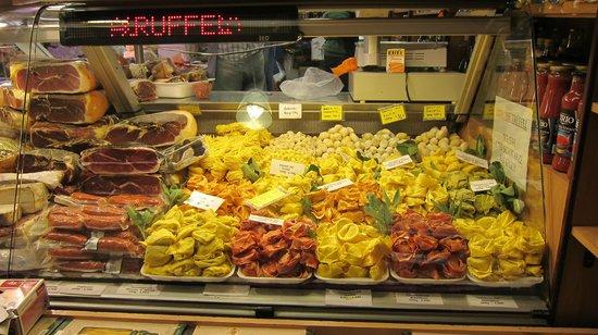 Kleinmarkthalle: More Italian food.