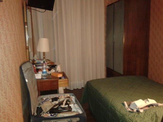 Reginna Palace Hotel: Single room