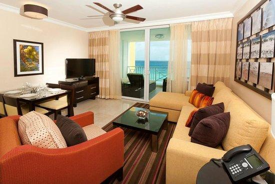 Ocean Two Resort & Residences: Living Room - One Bedroom Ocean Front Suite