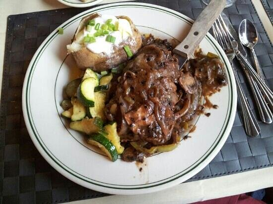 the faboulous green pepper new york steak