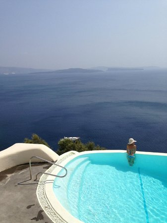 Mystique Luxury Collection Hotel: view from pool