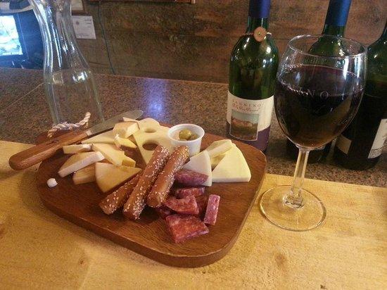 Sannino Bella Vita Vineyard : Lovely addition to the wine we drank