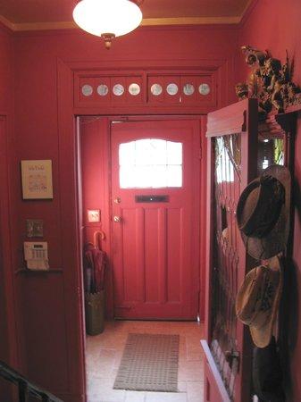 Celeste Guest House: entrance