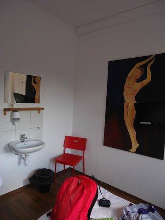 Cityhostel Berlin: lavabo