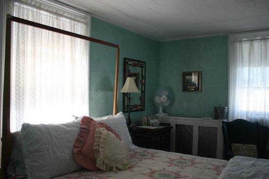 Sally Webster Inn : Bedroom