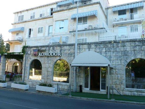 Hotel Komodor: Hotel