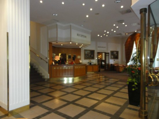 Grand Hotel Bohemia: foyer