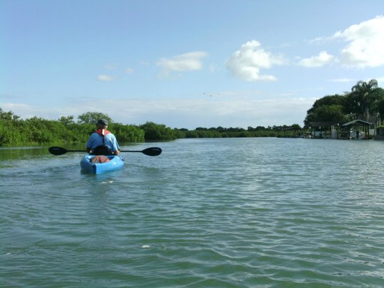 Marine Discovery Center: paddling with Warren