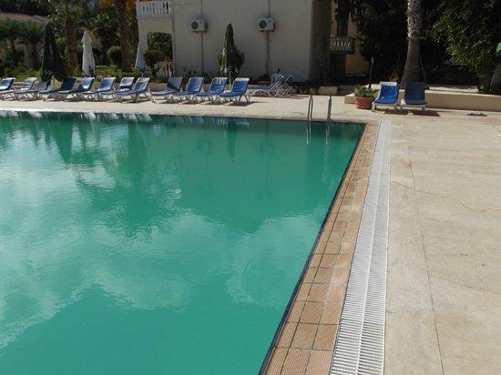 Mountain View Hotel & Villas: 'Green' pool