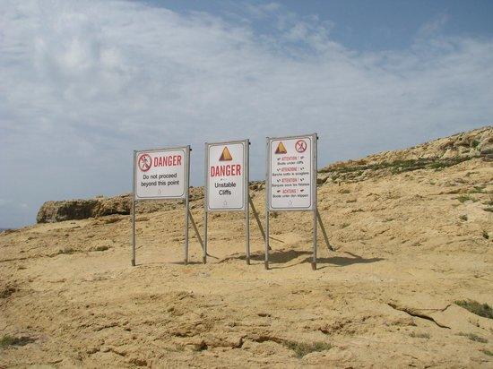 Blue Hole: Dwejra Bay - the warning signs