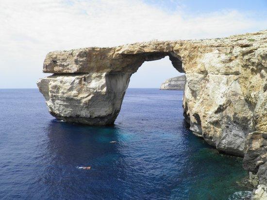 Blue Hole: Dwejra Bay -