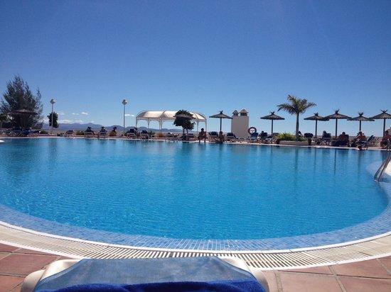 Sandos Papagayo Beach Resort: Pool