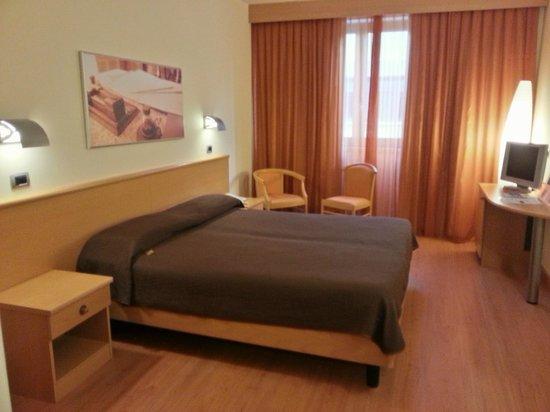 Montemezzi Hotel: camera