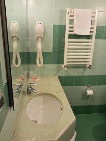 Montemezzi Hotel: bagno
