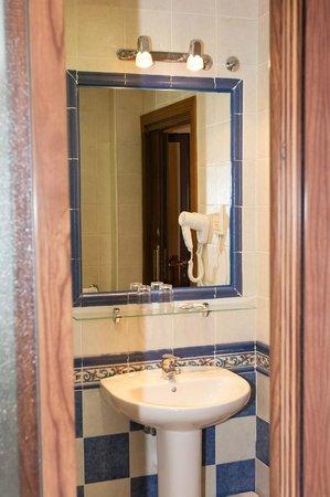 Hostal Tic-Tac: Baño