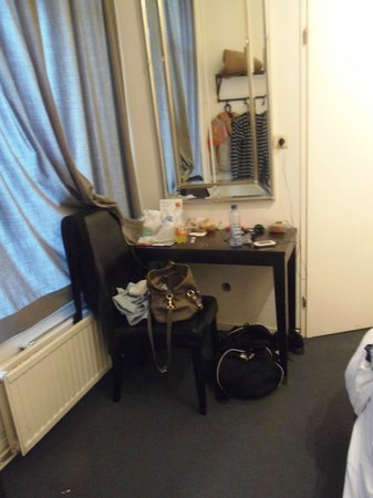 Quentin Amsterdam Hotel: camera