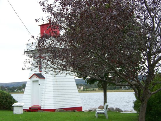 Annapolis Royal Lighthouse : Annapolis Lighthouse, Annapolis, NS