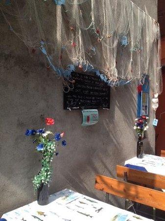 Trattoria Bella Venezia: parete esterna