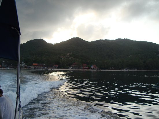 Ban's Diving Resort: on the way to the diving boat