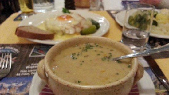 Hotel Wetterhorn : Bean Soup special - Wetterhorn