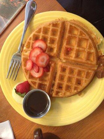 The Corner Kitchen : Waffle