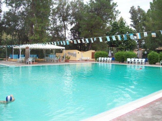 Piscina di acqua termale picture of terme acqua pia montevago tripadvisor - Acqua orecchie piscina ...
