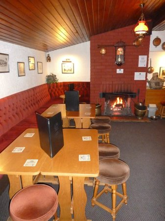 The Lade Inn : Our Bothy Bar - Dog Friendly