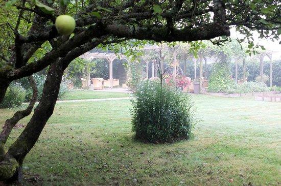 Auberge de Launay : le jardin