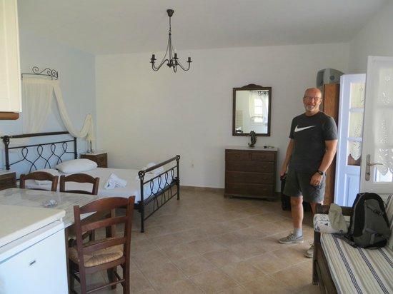 Island House Hotel Studios Apartments : Interior