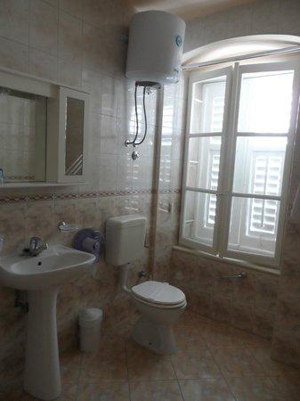 Villa Liza : baño