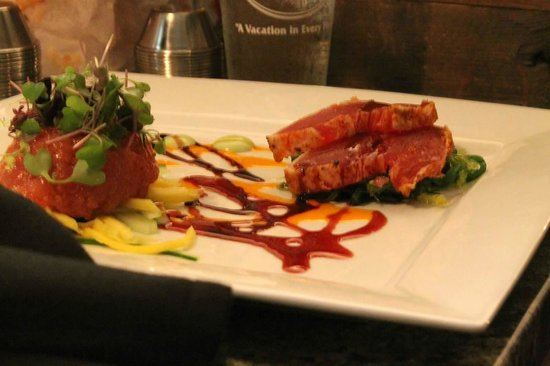 C Salt Wine Bar & Grille: tuna 2 ways