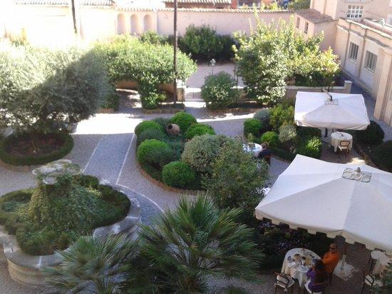 VOI Donna Camilla Savelli Hotel : Garden