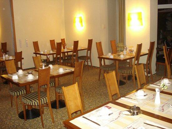 Classic Hotel Harmonie: Ein Teil vom Frühstücksraum