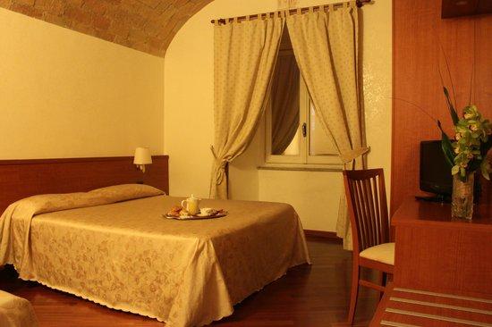 Priscilla Hotel: ROMAN STYLE ROOM