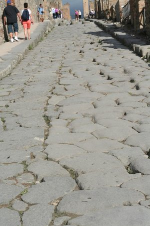 Sorrento Top Car Private Day Tours: Streets of Pompeii
