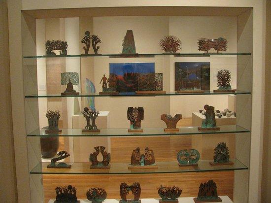 Hawaii State Art Museum: wall of art