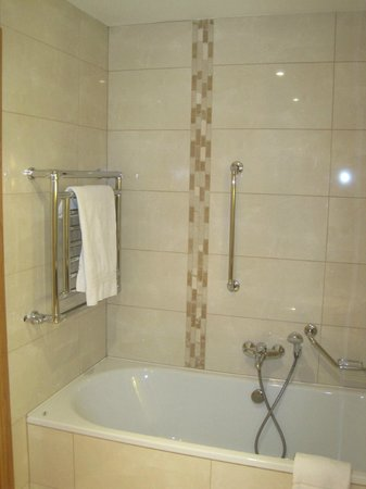 Radisson Blu Hotel & Spa, Cork: Baño