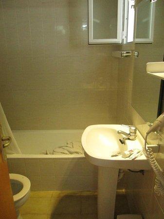 Apartments Habitat: Bathroom